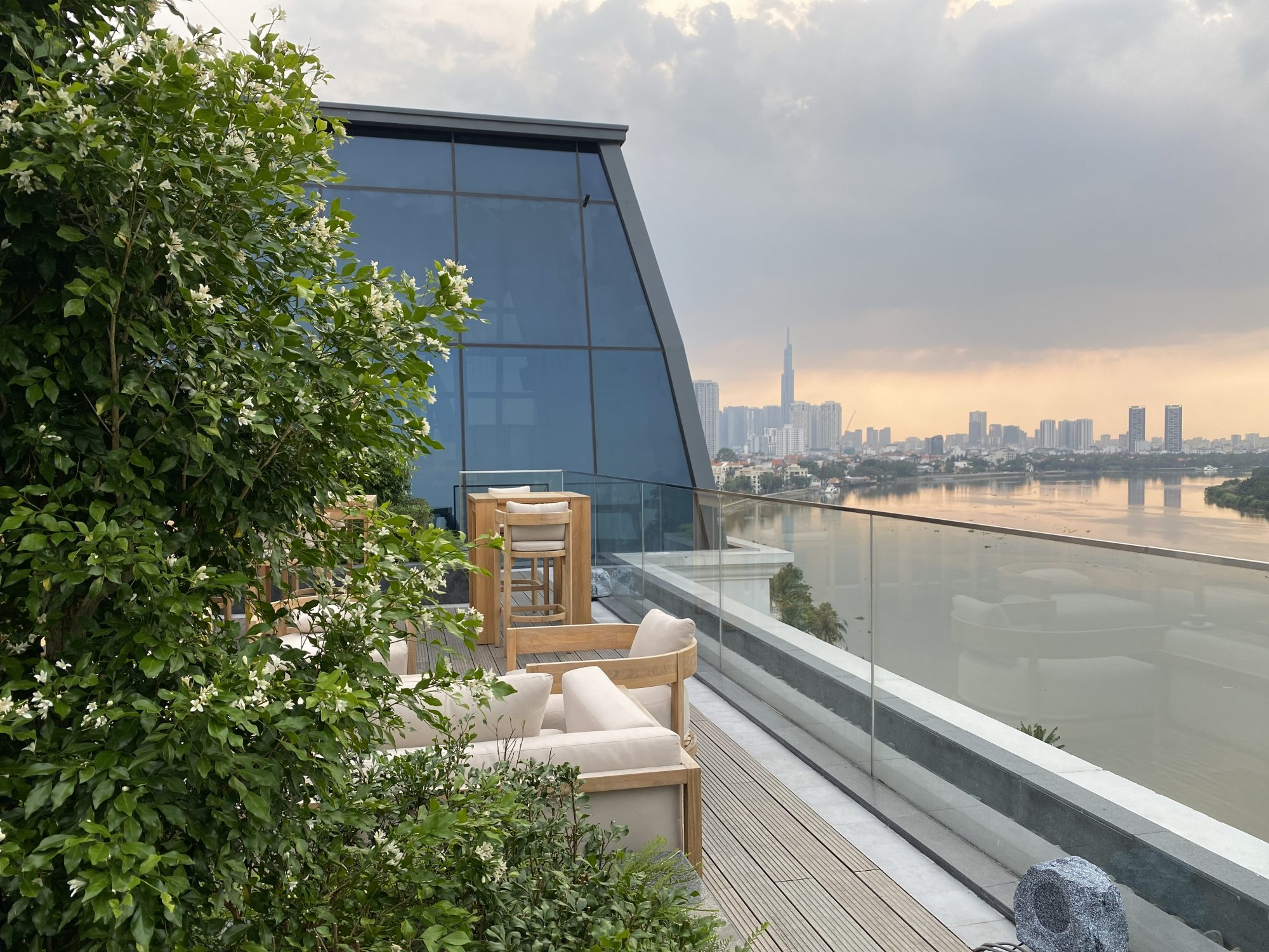 Gin on 8 – The Rooftop Terrace